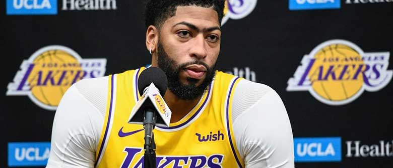 Anthony Davis Just Want to Play Basketball